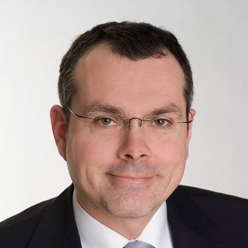 RA Ulrich Joerss